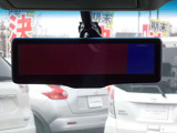 スマートルームミラーも付いておりますので、車内が満席状態でも、後方の確認ができます!!