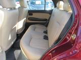 【後席スペース】後席頭上クリアランスも大きく後席も快適です