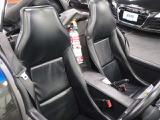 シートの使用感は少しございますが傷や汚れがなく綺麗な状態を保っております。