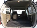 後席を倒せばさらに広い荷室スペースの確保が可能です♪広々スペースで荷物も沢山積めちゃいます!