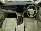 ボルボ V90クロスカントリー T5 AWD 4WD