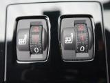 ●スマートエントリー:鍵を持っているだけで、ドアロック解除・施錠からエンジンスタートまで操作できる便利な機能です!