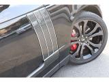 SVO(スペシャル・ビークル・オペレーション)よりレンジローバー SVAutobiographyをよりドライバーにフォーカスしたSVAutobiography Dynamicを追加。