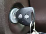 ◆【キーレスエントリー】☆鍵を挿さずにボタン操作でドアの開閉ができます!