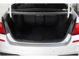 現金決済の他にオートローンも準備整えております。オートローンは、払い切りタイプとバリューローン(残価設定型プラン)の2通りを準備致しております。また、BMWダイナースカードにてご決済も可能です。
