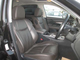 視界が良く運転性の良いフロント本革エアコンディショニングシート