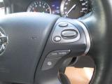 オートクーズコントロールが付いて高速走行時に速度を一定に保つ便利な装置です。
