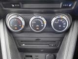 室内の温度を設定すると、温度・風量を自動的にコントロールし、快適な空間にしてくれます。