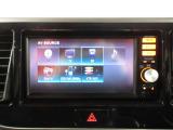 AM、FMラジオ、フルセグTV、CD再生可能です♪
