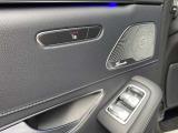 【リアシート】リアシートにもシートヒーターが装備されております。これで、後席の方も快適にお過ごし頂けます。