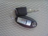 今は欠かせないアイテム『インテリジェントキー』鍵を出さずにで鍵の開け閉めやエンジンの始動ができます。