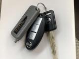 インテリジェントキーは持っているだけでドアの施錠開錠やエンジンの始動などが簡単にできます。