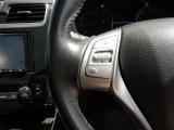 メモリナビ付きです☆初めて来た道でも 簡単操作で安心ドライブ!!仲間と旅行の計画でも立てませんか? バックカメラも装備していますよ♪