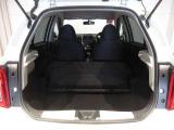リヤシートを倒した状態です☆荷物もたくさん載せれます☆
