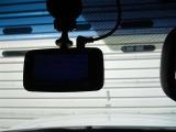 【ドライブレコーダー】 万が一の事故でも事故時の記録を残せて強い味方になってくれます。
