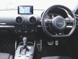 アウディ S3スポーツバック 2.0 4WD