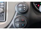 フルオートエアコンディショナー付きで、車内の温度を常に快適に保ってくれます。