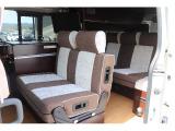 NV350キャラバン キャンピング NV350 2.5DT 4WD ナッツRV ラディッシュ