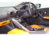 徹底したコスト削減、経費削減によりユーザー様より直接買取&下取させて頂いたお車をナイスプライスで展示販売いたしております。