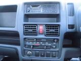 ラジオ付き!エアコン付き!