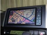 トヨタ純正HDDナビ搭載 地デジチュ-ナ-付フルセグでTV見れます。