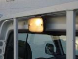 夜間作業に便利荷台ライト