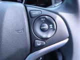 【スマートキーシステム】携帯したスマートキーを取り出すことなく、ドアの施錠・解錠が可能で、ワンプッシュでエンジンがスタート!!