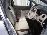 ロングドライブでも疲れにくいシートです☆