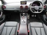 RS3スポーツバック 2.5 4WD RSデザイン ブラックスタイリングPKG