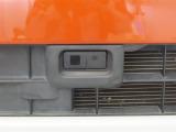 スマートアシスト装備:前方の車両との衝突の危険性が高まると、警告音と警告表示によって運転者の注意を喚起!さらに衝突の危険性が高まると自動軽減ブレーキを作動させ、衝突による被害の軽減を行います♪
