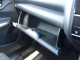 収納スペースもたくさんあるので車内の整理整頓もバッチリです!!
