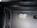 DVD再生もできるナビは嬉しいですね