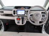操作しやすいシンプルな運転席周り♪フロンドウィンドゥガラス・フロントドアガラスはスーパーUV&IR(赤外線)カットガラスです!