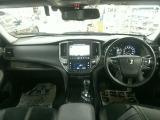 トヨタ クラウンハイブリッド アスリート 2.5 S Four 4WD Jフロンティア
