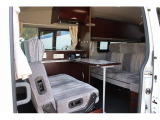 NV350キャラバン キャンピング ナッツRV ラディッシュ