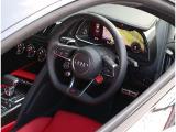 R8 V10 パフォーマンス 5.2 FSI クワトロ 4WD