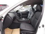 運転席・助手席パワーシート!指一本でシートスライド&リクライニング操作ができますよ。
