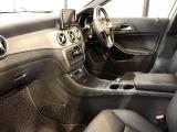 GLAクラス GLA250 4マチック スポーツ 4WD