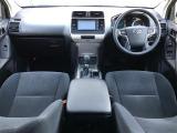 ランドクルーザープラド 2.8 TX ディーゼル 4WD 4WD サンルーフ
