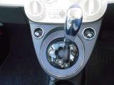 マニュアルモード付き5速デュアロジックシステム。