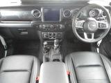 ジープ・ラングラーアンリミテッド アルティテュード 4WD