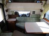 カムロード キャンピング レクビィ レッツ 常設二段ベッド