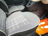 運転席シートの座面も綺麗です。