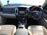 パジェロ 3.0 ロング エクシード 4WD 4WD 本革シート