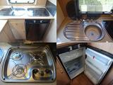キッチン周りには「シンク・3つ口コンロ・3WAY冷蔵庫」