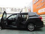 ◆店内禁煙・キッズルーム完備◆【無料ドリンク】なども設置しています。商談ルームでお気に入りのお車を見つけてください。