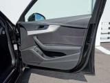 Audi認定中古車ならではのクオリティ!高度な訓練・教育を受けたAudi専門のメカニックがご納車前に専用テスターを使った、100項目にも及ぶ精密な点検・整備を行います 028-658-2330