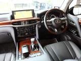 LX570 4WD リアエンターテイメント/マークレビンソン