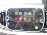 アップルカープレイ起動画面。携帯のアプリケーションをご利用いただけます。