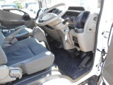 アトラス 3.0 フルスーパーロー ディーゼル 4WD